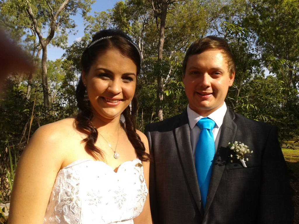 Ashlee_and_Nathan_Meerten_27_April_2013