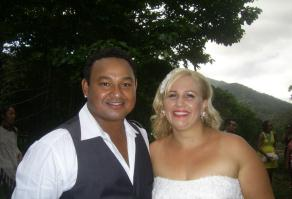 Carly_Anders_and_Russell_Martin_6_Oct_2012